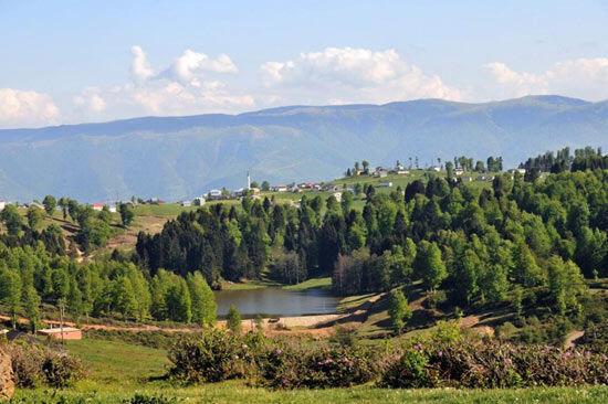 Hıdırnebi, Çal Mağarası, Sera Gölü
